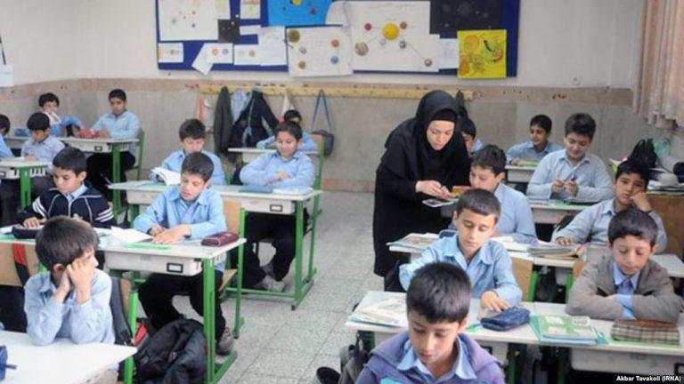 بیمه حوادث دانش آموزی برای بچه ها در کلاس درس